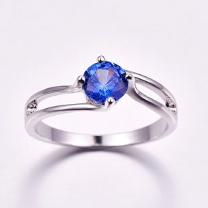 Jewelry - Size 7 925 Stamped SS & Tanzanite Ring